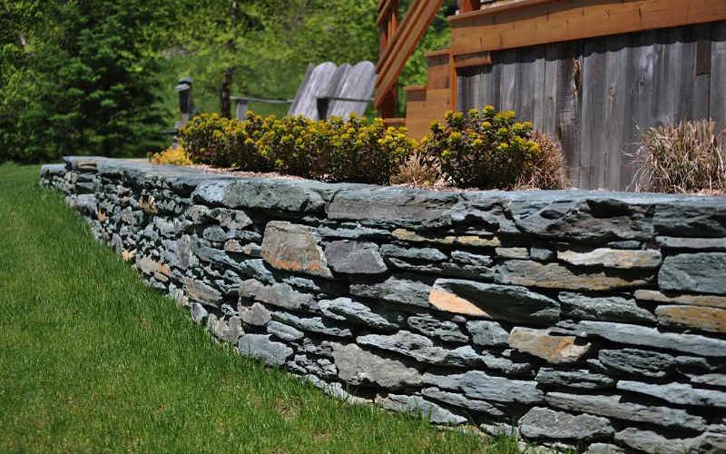 Hardscape elements Dry stack retaining wall 101